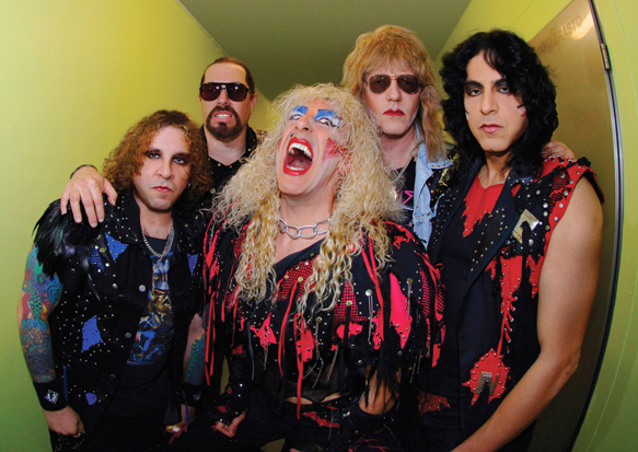 http://www.abrahamlove.com/NBH/images/Twisted_Sister_photo_large.jpg